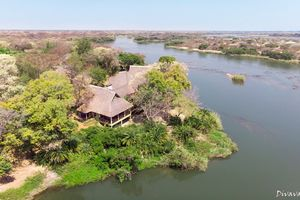Divava Okavango Lodge